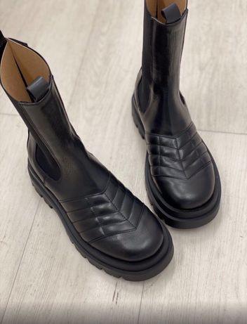 Новогодняя скидка!!!Ботинки, сапоги, оригинал, Италия, lestrosa, кожа