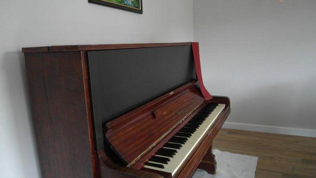 Pianino marki Grunert