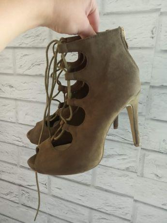 Sandały,buty szpilki khaki wiązane Vices w rozmiarze 35