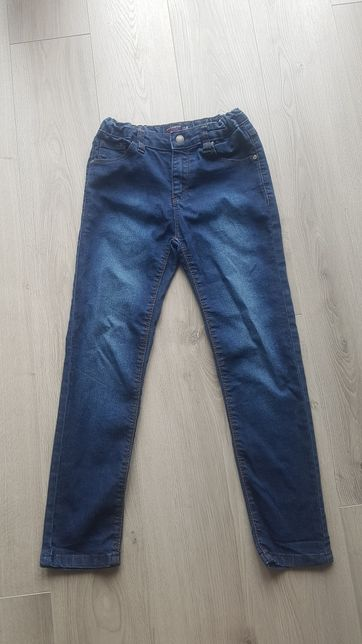 Jeansy reserved r.128