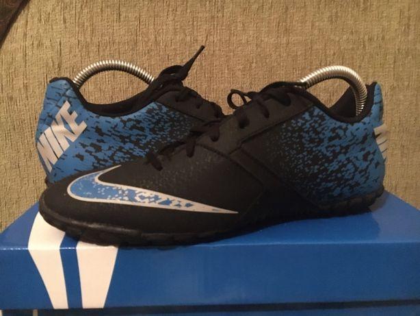 Сороканіжки Nike (40р)