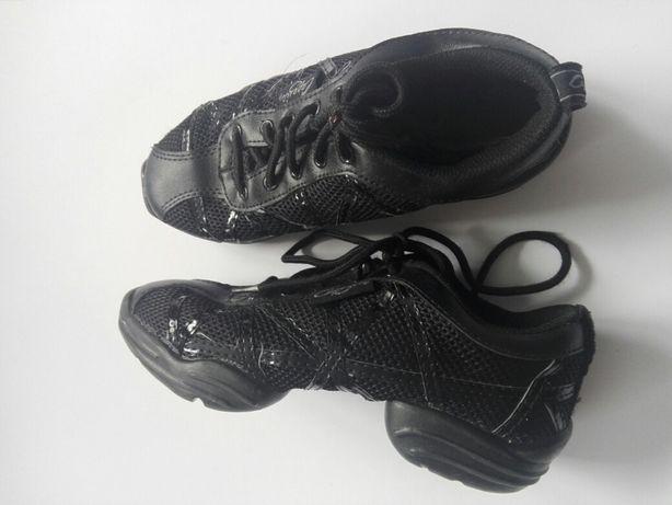 Sneakersy Buty do tańca Capezio r.35