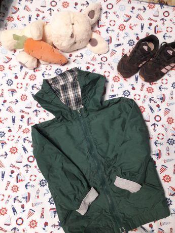 Курточка ветровка Carters размер 3Т