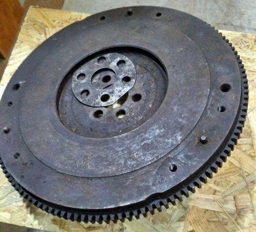 Маховик двигателя для ВАЗ классика