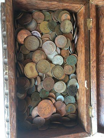 Vendo caixa de moedas antigas