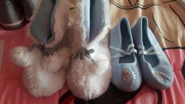 Pantufas e chinelos Frozen impecáveis T 27