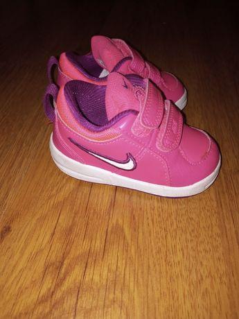 Buty  Nike 19 dziewczynka