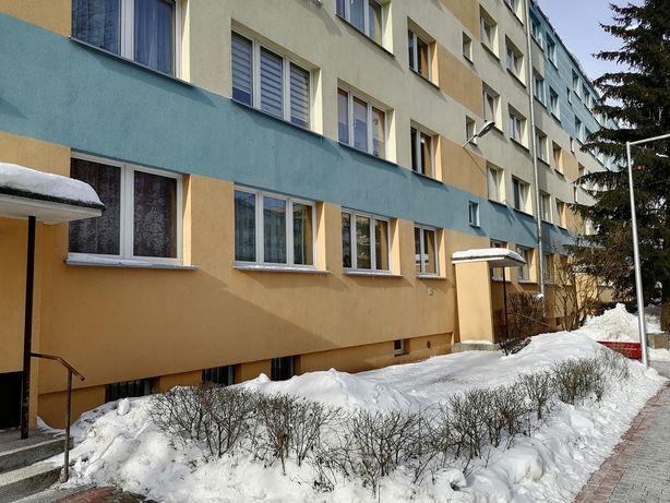 Bezpośrednio mieszkanie 57,7m 4 pokoje parter na Wiejskiej