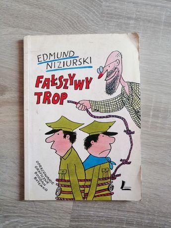 Fałszywy trop Edmund Niziurski