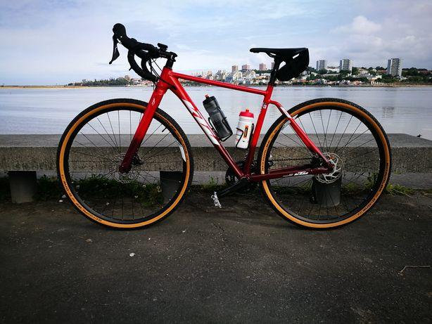 Bicicleta KTM X-Strada 720
