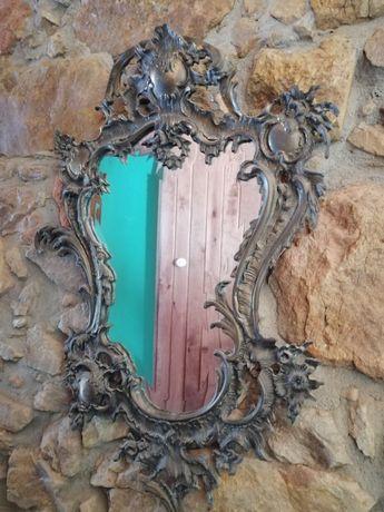 Espelho de metal