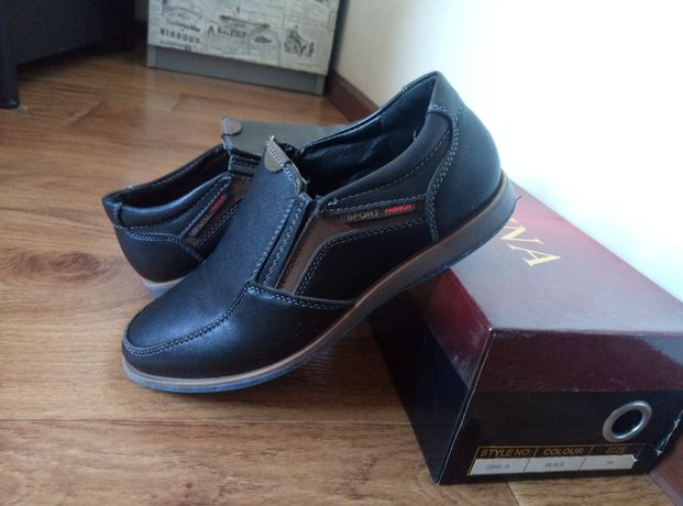 Туфли 31 размер. Стелька 22 см.