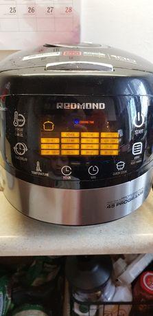 Multicooker Redmond RMC - M90E