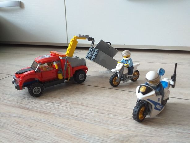 Lego city полиция 60137 побег на буксировщике