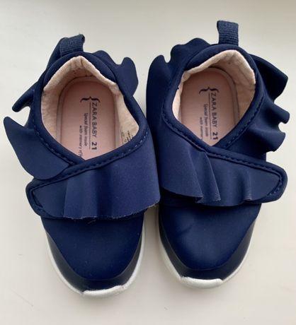 Очень стильные кроссовки Zara на девочку, 21 размер
