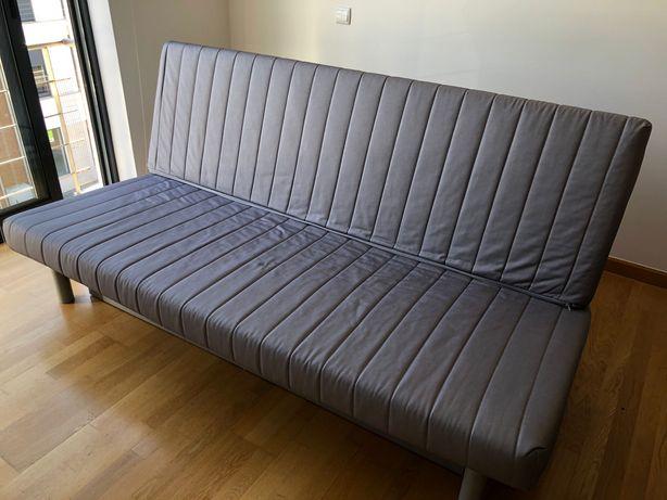 Sofa de 3 lugares com possibilidade de sofa cama