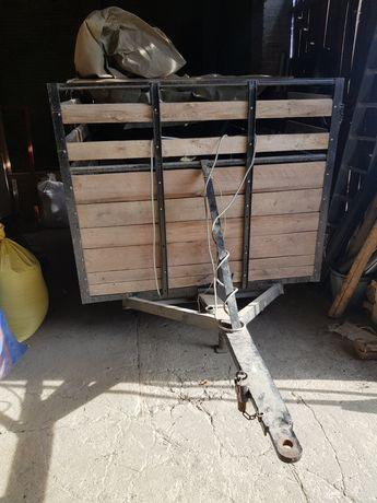 Wózek do przewozu trzody lub bydla,woz konny na gumowych kołach itp.