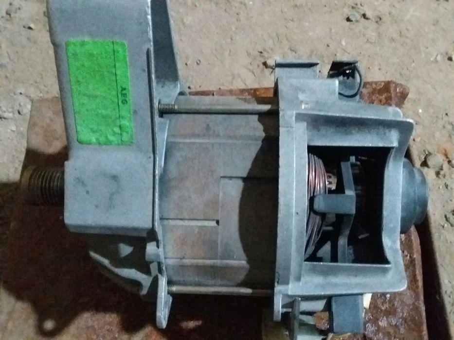 Мотор для стиральной машины Диброва - изображение 1