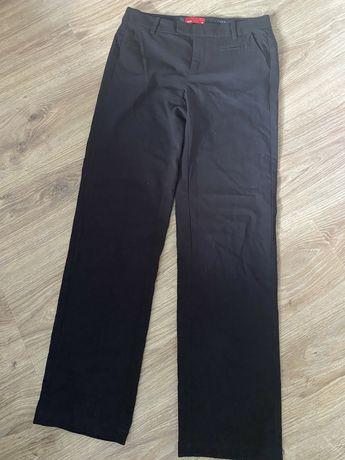 Spodnie garniturowe 36s