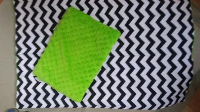 Kołderka i poduszka minky zielony,bawełna zygzak czarno biały do wózka
