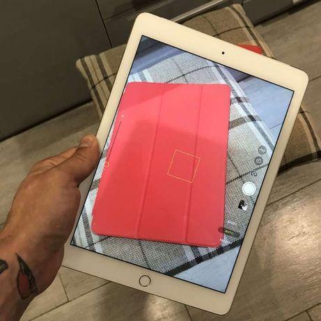 iPad air 2 , 16gb Silver