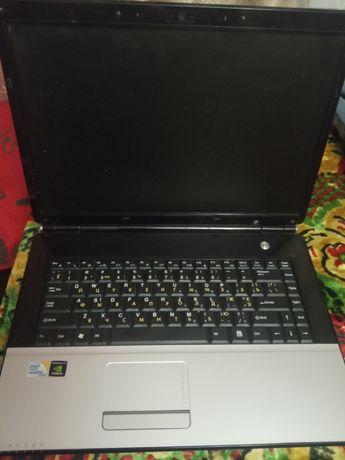 Ноутбук impression на запчасти.не работает видеочип.состояние 4+