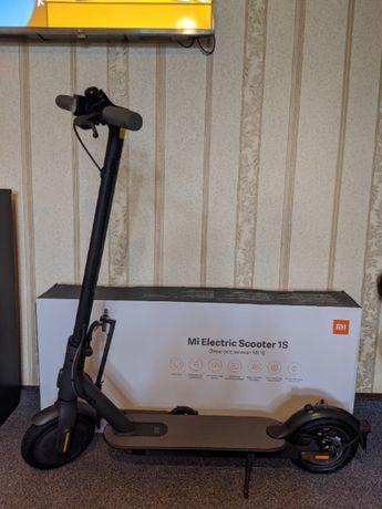 Электросамокат Xiaomi Mi Electric Scooter 1s 25 км ч