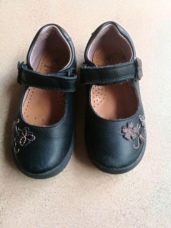 Sapatos Pele Pablosky, Tam. 24