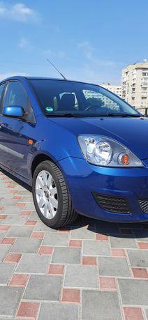 Продам Ford Fiesta 2006 из Германии 1.4 дизель, автомат (робот)