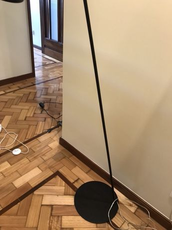 Candeeiro de pé AC Design