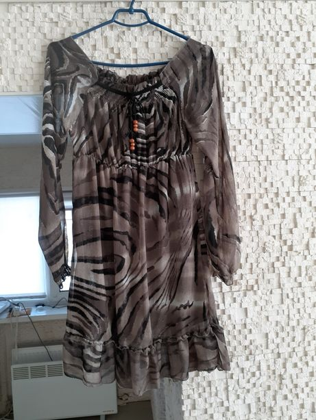Платье один раз одето 46.48