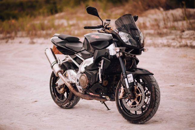 Продаю мотоцикл Aprilia Tuono 1000 R 2011р.