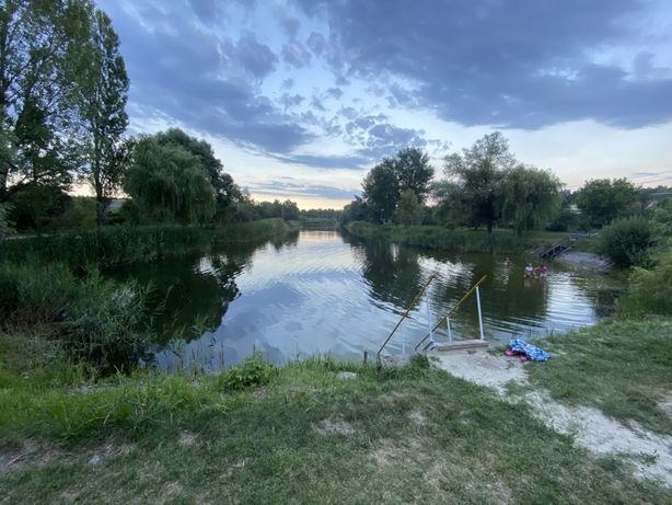 Дачный участок возле озера