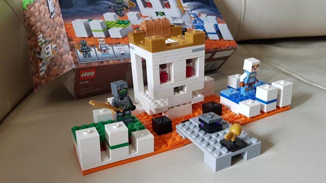 Minecraft Czaszkowa arena lego 21145