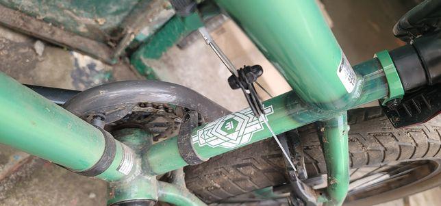 Велосипед BMX Mongoose