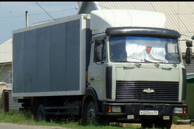 Грузоперевозки МАЗ Зубрёнок до 5 т мебельный фургон