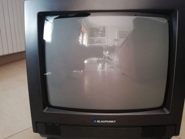 Televisão pequena