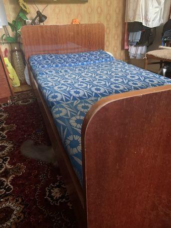 Односпальная кровать 90*190