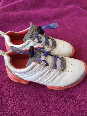 Кожаные кроссовки ECCO 27 р