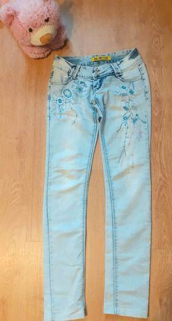 Продам джинсы для худенькой мамы
