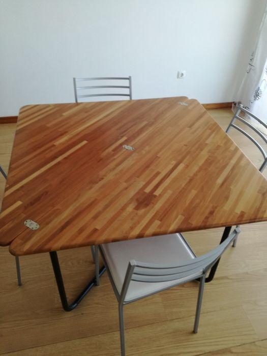 Mesa em madeira quadrada Infias - imagem 1