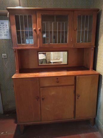 Старинная мебель в идеальном состоянии