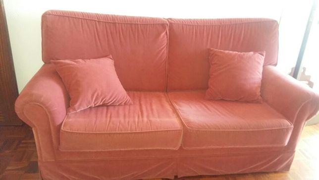 Sofa cama e sofa individual