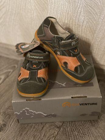 Кожаные сандали , летние туфли Outventure