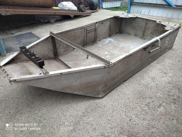 Лодка алюминиевая, самодельная. Под восстановление!