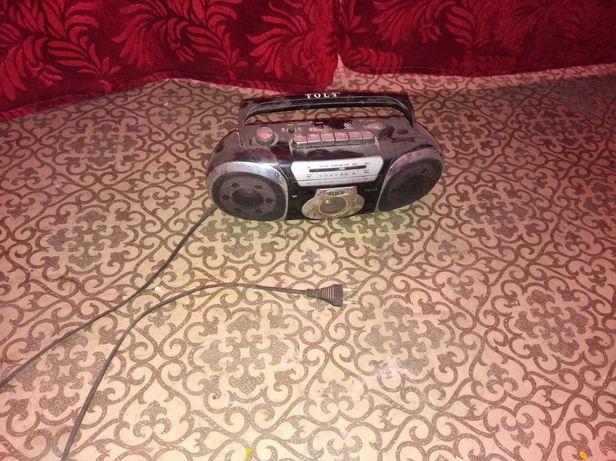 Магнитофон TOLY касетный