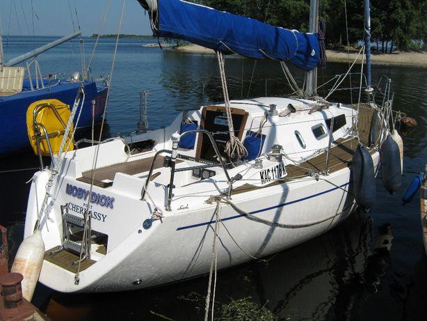 Аренда парусной яхты Moby Dick в Черкассах