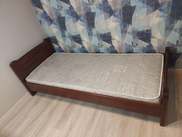 Односпальная кровать, с матрасом,продам