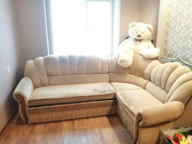 Продам угловой диван / кровать