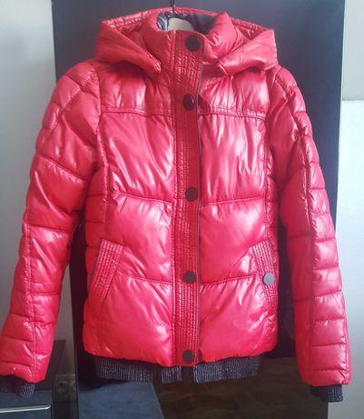 Ciepła czerwona kurtka Reserved r.S